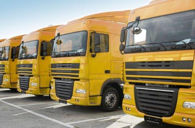 Transportatorii cer Guvernului sa mentina legislatia actuala RCA: se tem de cresterea tarifelor si ameninta cu proteste la nivel national