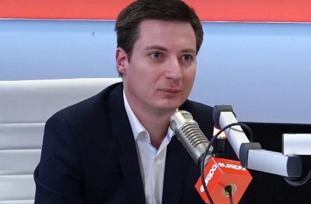 Andrei Caramitru: Foarte urat gest de la PNL si de la presedinte sa profite de ziua de 10 august sa isi lanseze formal campania electorala