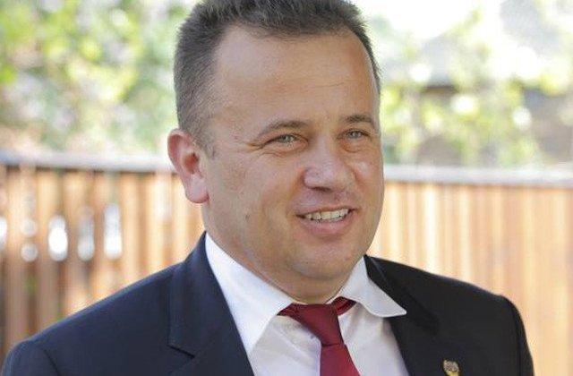 Liviu Pop vrea ca 10 august sa devina Ziua Unitatii Civice. Anul trecut, fostul ministru lua apararea jandarmilor