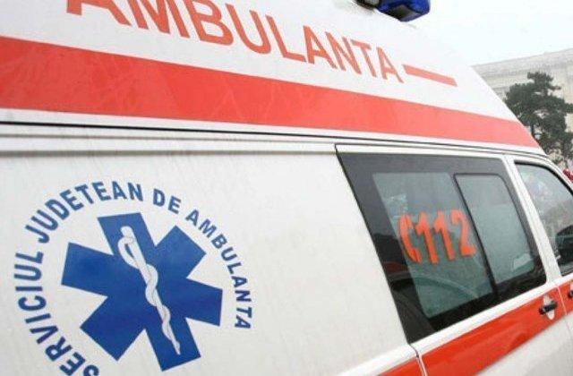 Valcea: 21 de persoane, implicate intr-un accident pe DN 7. S-a activat Planul Rosu de Interventie