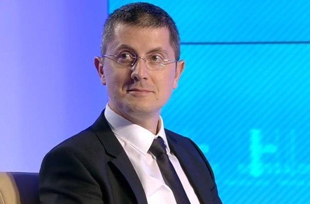 Dan Barna: Doamna Dancila, de o saptamana bat orasele si comunele Moldovei si stau de vorba cu oamenii