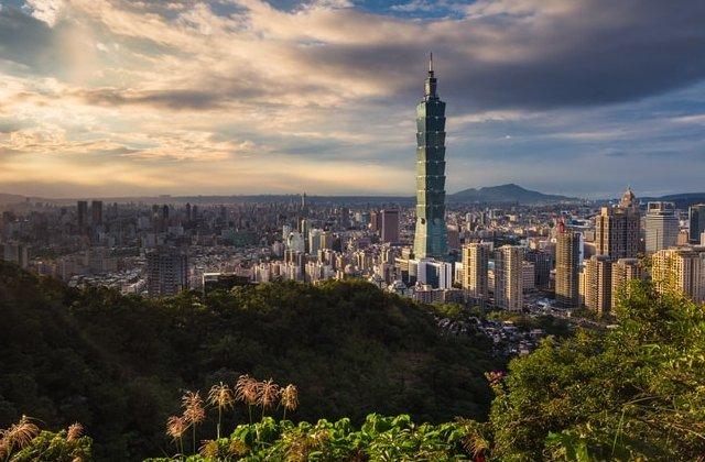 Un mort si 9 raniti in Taiwan, in urma furtunii tropicale Bailu. Peste 3.400 de locuitori au fost evacuati