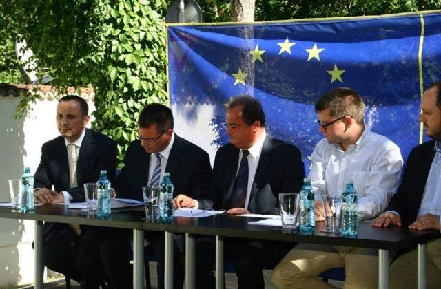 Alianta de centru-dreapta se va numi Alianta Romania Dreapta