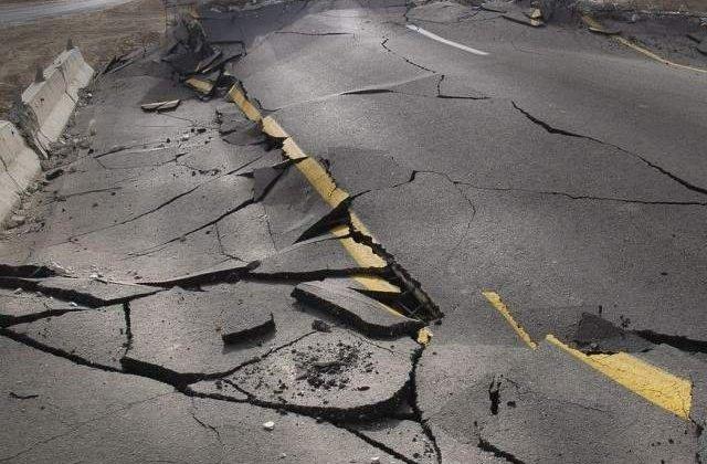 Cel putin 37 de morti si 450 de raniti in urma seismului produs in Pakistan