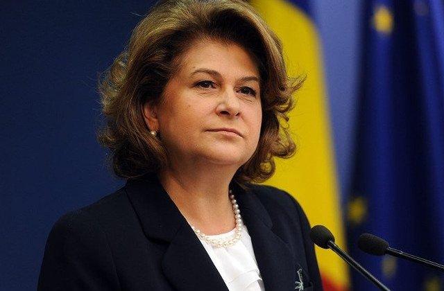 """Europarlamentarii PSD o sustin """"cu fermitate"""" pe Rovana Plumb"""