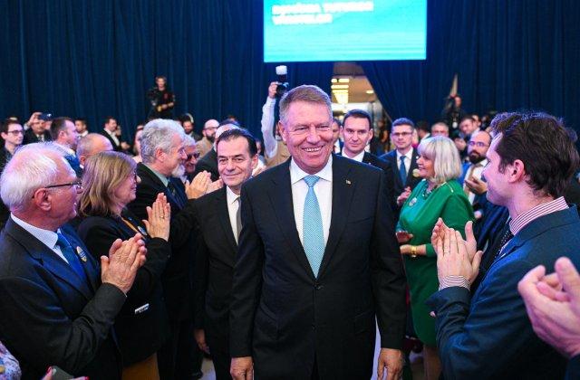 Iohannis: Motivul pentru care Romania nu a reusit inca de tot sa scape de comunism se numeste PSD
