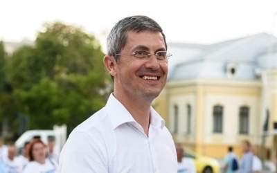 Barna: Victor Ponta a...