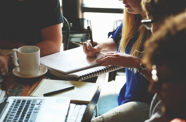 Peste 66% dintre angajatii romani sunt dispusi sa faca o schimbare totala in ceea ce priveste cariera lor