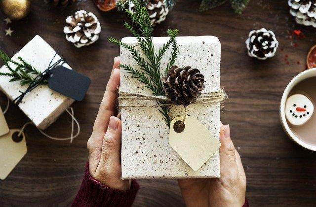 Ghidul lui Mos Craciun: Ce cadouri oferi angajatilor de sarbatori?