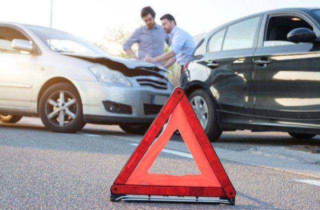 Piata asigurarilor RCA: peste 88.000 de dosare de dauna in perioada aprilie-iunie, in scadere cu peste 6%