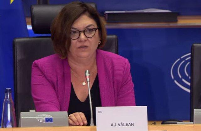Noua Comisie Europeana, aprobata de Parlamentul European. Adina Valean, comisar la Transporturi