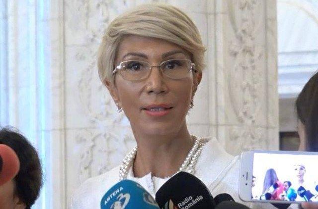 Raluca Turcan: Ne vom angaja raspunderea pentru abrogarea recursului compensatoriu, daca nu va fi realizata in Parlament