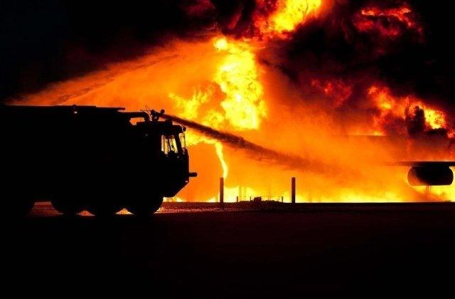 Un barbat din Suceava a fost gasit carbonizat din cauza unui incendiu de vegetatie