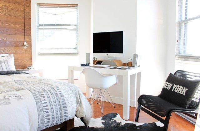 Birou amenajat in camera de oaspeti - 4 sfaturi pentru un spatiu 2 in 1 confortabil