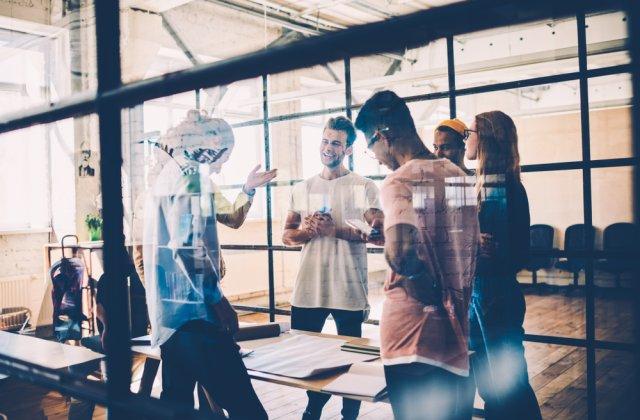 Viitorul muncii: cum vom convietui mai bine la locul de munca, datorita tehnologiei?