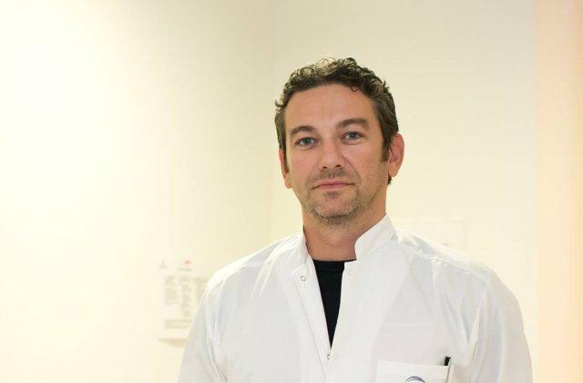 Medicul Radu Zamfir, supravietuitor al accidentului aviatic din Apuseni, consilier onorific al ministrului de Interne
