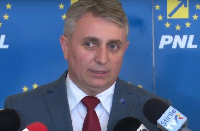 """Ministrul Transporturilor, catre sefii de institutii care """"nu sunt confortabili"""" cu politicile guvernului: Sa faca un pas in lateral"""