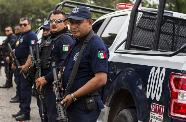 Politistii supraponderali din Mexic, obligati sa tina dieta