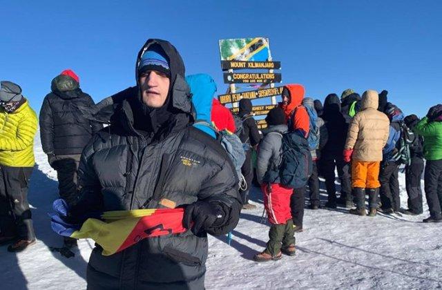 Alex Benchea, primul alpinist roman nevazator care a cucerit varful Kilimanjaro
