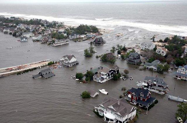 Bilantul ciclonului Sandy la New York a ajuns la 40 de morti