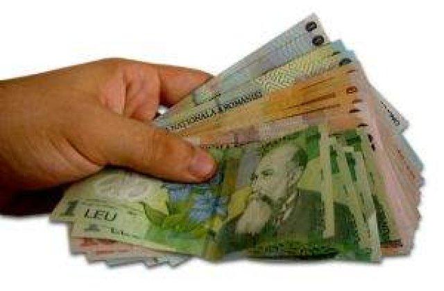 Castigul salarial a crescut in septembrie cu 0,3%, la 1.538 lei