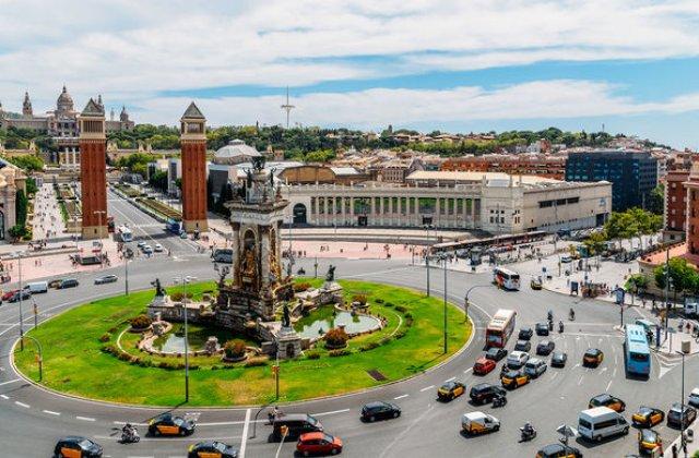Barcelona interzice masinile inmatriculate inainte de anul 2000: amenzi intre 100 si 150 de euro pentru soferii care ignora regula