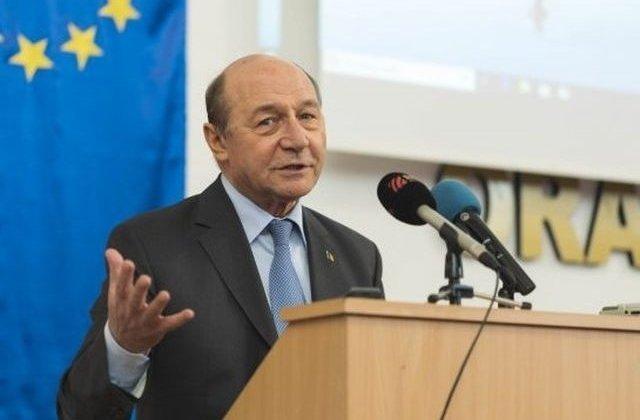 Basescu: Daca SUA isi pun mintea cu Iranul, il rad de pe fata pamantului in 48 de ore