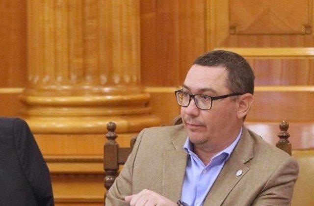 Ponta: Nu le spui copiilor ca nu ai bani pentru ei in timp ce arunci cu milioane pe lucruri inutile