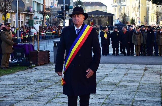 Primarul din Targu Mures isi mentine afirmatiile: Nu retractez nici o virgula. Copiii nu trebuie adusi pe lume ca sursa de venit