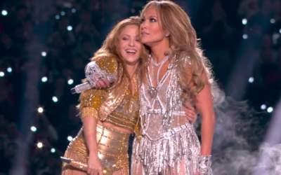 Shakira si Jennifer Lopez,...
