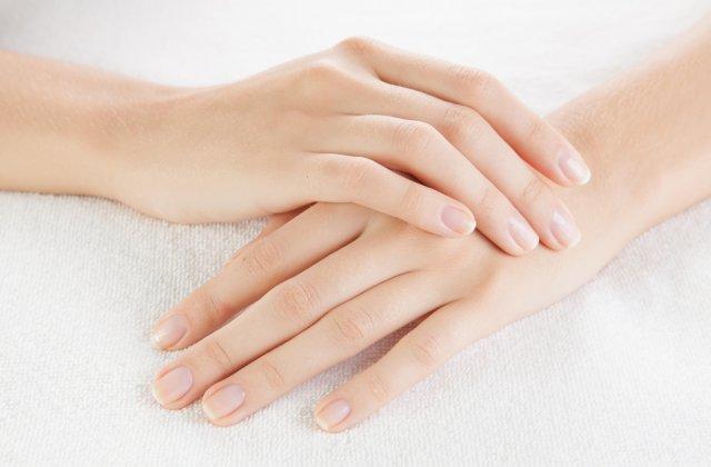 Ce sa mananci pentru a avea unghii sanatoase: 5 alimente naturale pentru o manichiura de invidiat