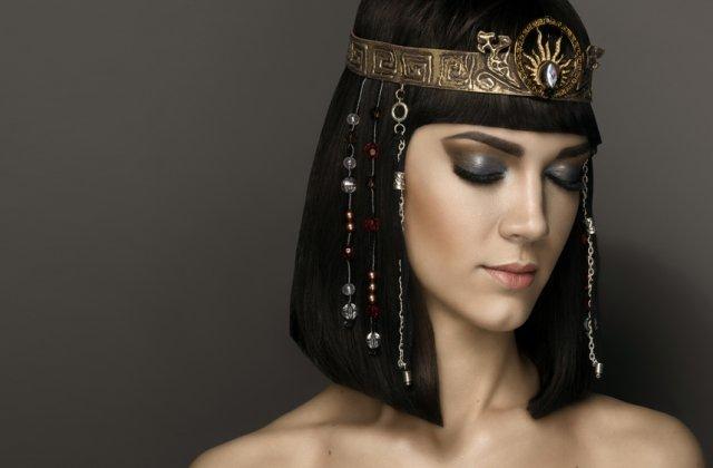 5 metode bizare de infrumusetare ale celor mai frumose femei din istorie