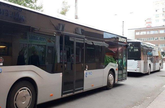 Un fost administrator a decontat fictiv mii de cupoane gratuite pentru transport