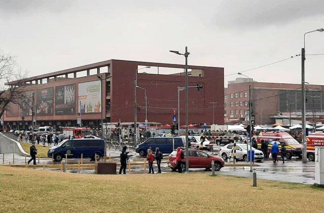UPDATE: Alerta cu bomba de la mall-ul din Capitala a fost fals