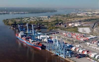 Portul Constanta: 16...