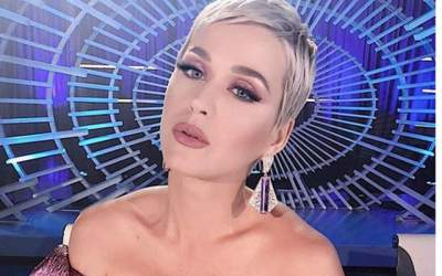 Katy Perry a lesinat in...