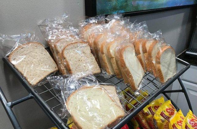 Alimente expirate in chioscurile din liceele si scolile din Capitala