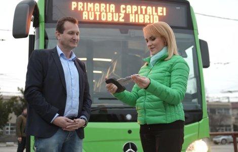 Gabriela Firea: In Bucuresti a fost pus in circulatie primul autobuz hibrid