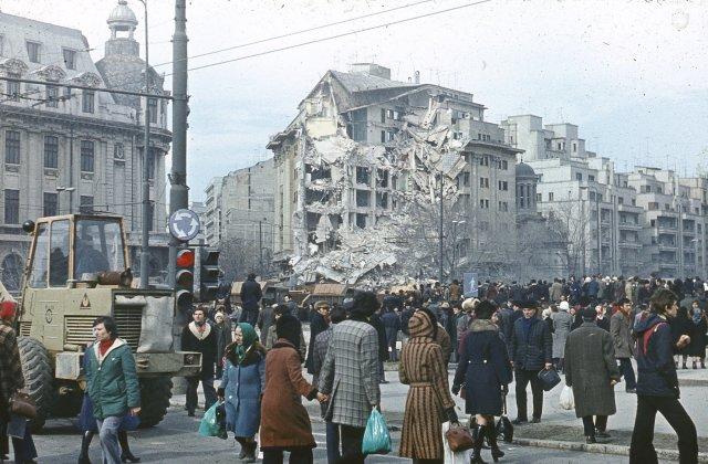 43 de ani de la cutremurul din 4 martie 1977 - imaginile dezastrului