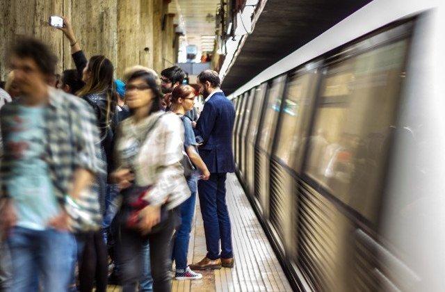Coronavirus: Metrorex face precizari despre aglomeratia de la metrou