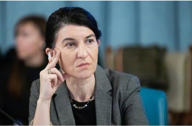 """Violeta Alexandru cere demiterea directorului Casei de Pensii Bucuresti: """"Este inadmisibil sa se inchida casele de pensii"""""""