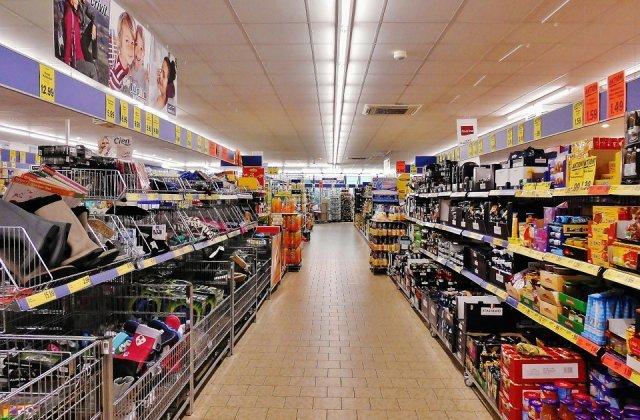 Accesul in marile centre comerciale ar putea fi limitat