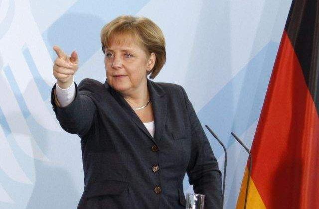 "Olaf Scholz, despre Angela Merkel: ""Lucreaza de acasa"""