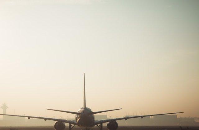Ordonanța militară 5. Zborurile către Italia și Spania rămân suspendate încă 14 zile