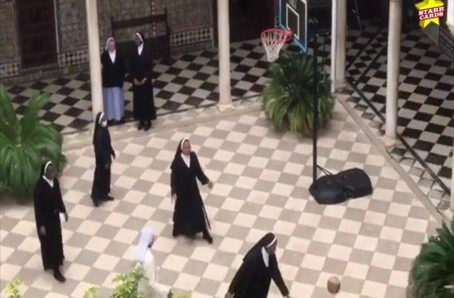 Când nu cos măști pentru medici, măicuțele din Spania joacă baschet