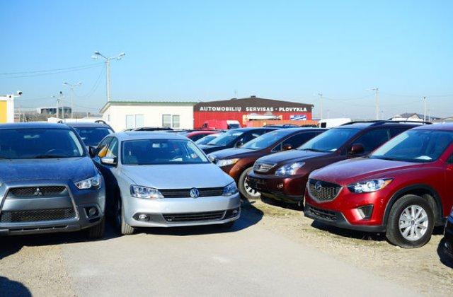 Fraude pe piața mașinilor second-hand din România: o mașină are în medie 59.000 de kilometri dați înapoi