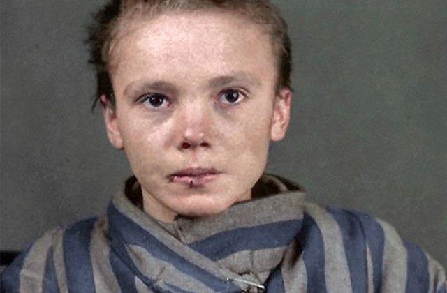 FOTO Suferința unei copile înainte de a muri la Auschwitz. Un artist a descoperit detalii șocante, după 75 de ani de la tragedie