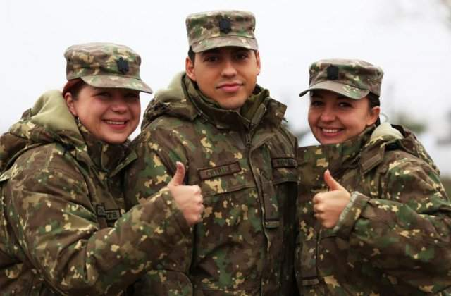 """Armata Română, clip viral pe TikTok: """"Spălați-vă pe mâini!"""""""