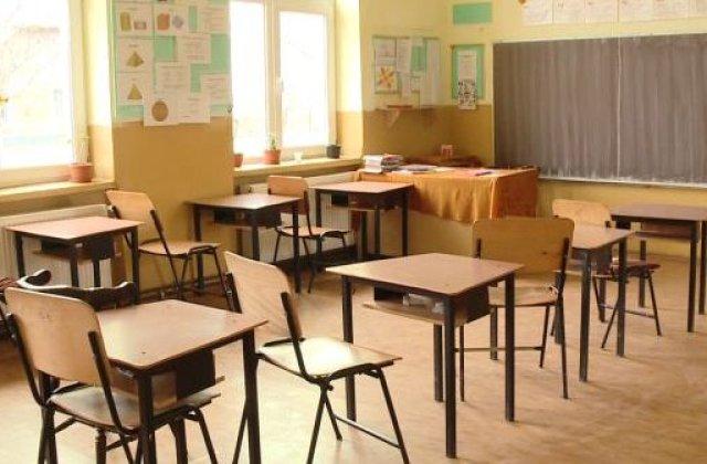 Iohannis: Școlile din România NU se redeschid până la toamnă