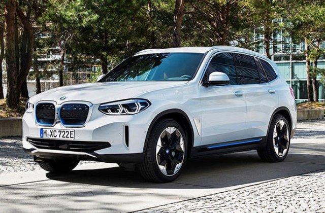 """Primele imagini cu SUV-ul electric BMW iX3 au """"scăpat"""" pe internet: modelul va avea o autonomie de peste 440 de kilometri"""